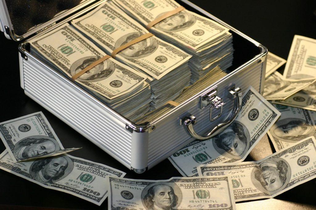 4 dicas para viajantes de primeira viagem: entenda a troca de moeda