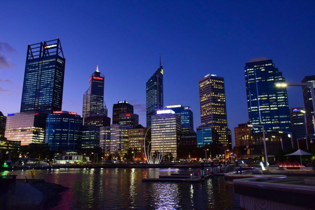 Perth entre as cidades costeiras da Austrália