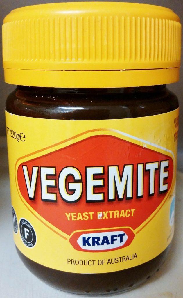 Vegemite é pasta amarga para comer com pão na Austrália
