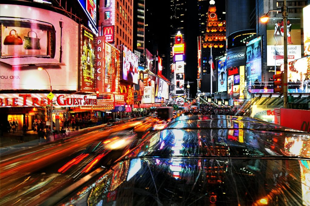 Times Square faz uma das mais melhores festas de réveillon do mundo