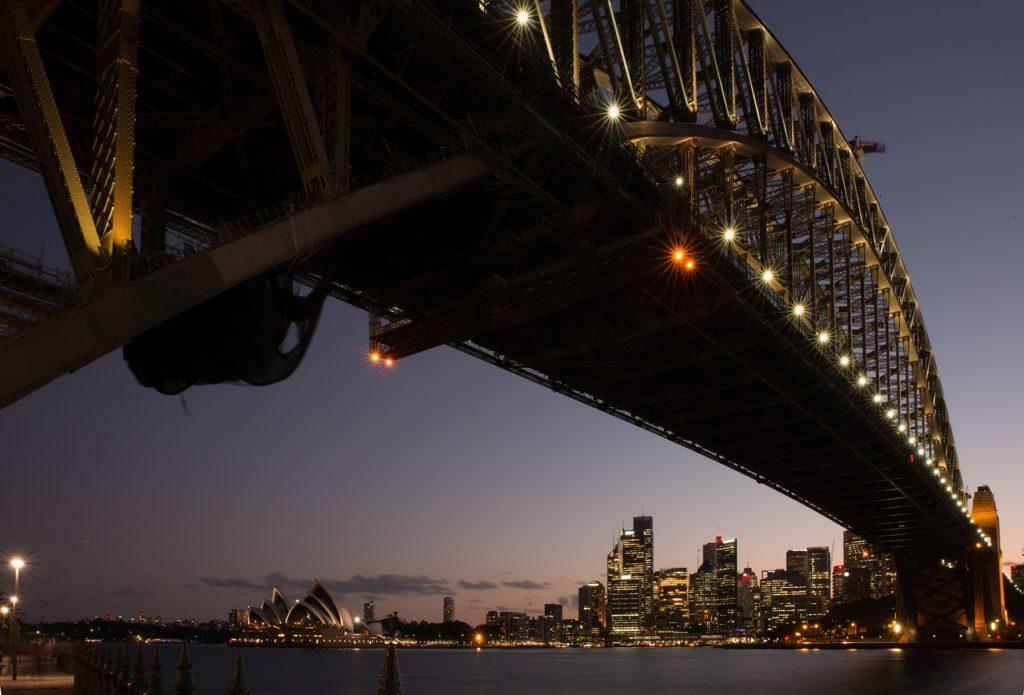 Outro marco da engenharia fica na Austrália: Sydney Harbour Bridge