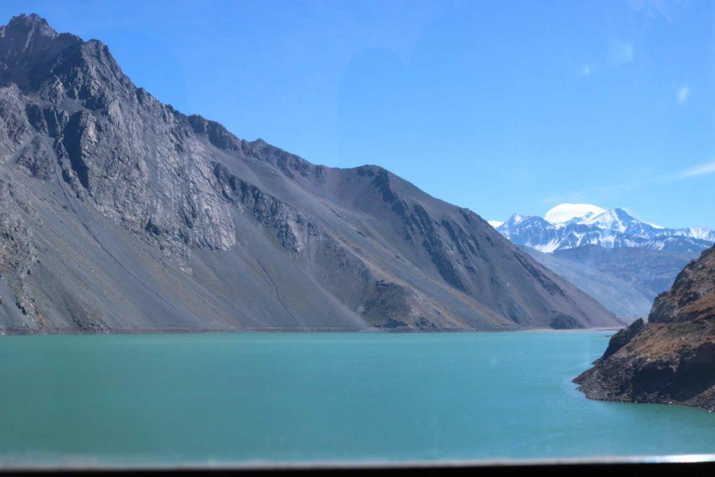 Belas paisagens naturais chamam a atenção dos viajantes no Chile