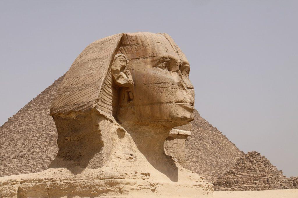 O Egito vive do turismo e está abrindo para os viajantes