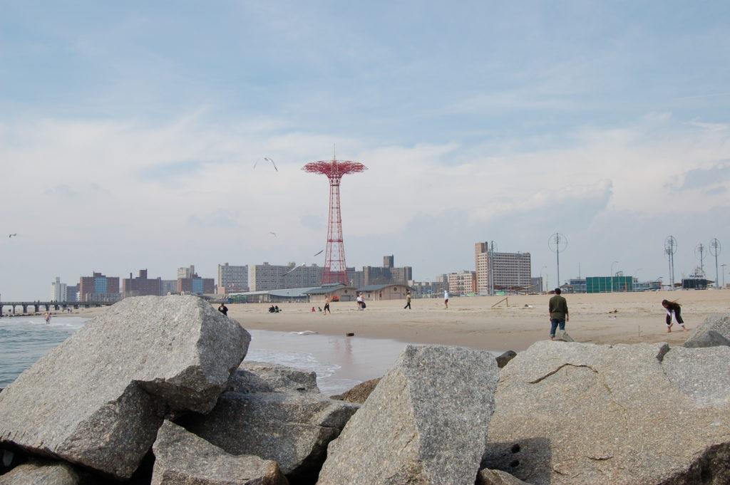 Entre as 6 praias próximas a Nova York está Brighton Beach