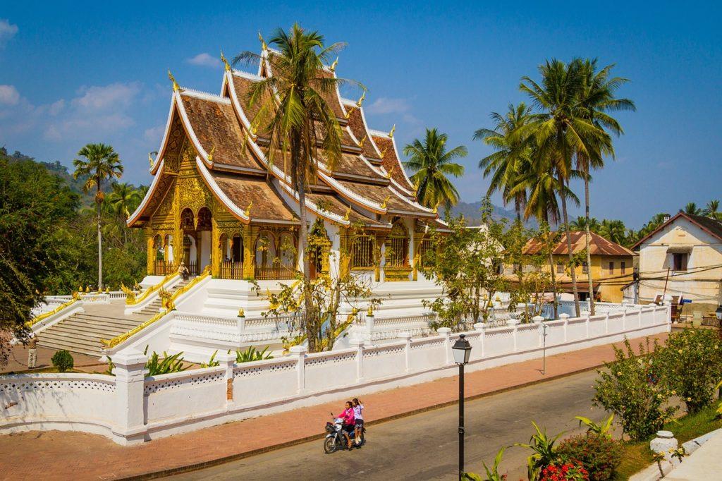 Entre as dicas de viagem sobre o Laos é aproveitar Luang Prabang