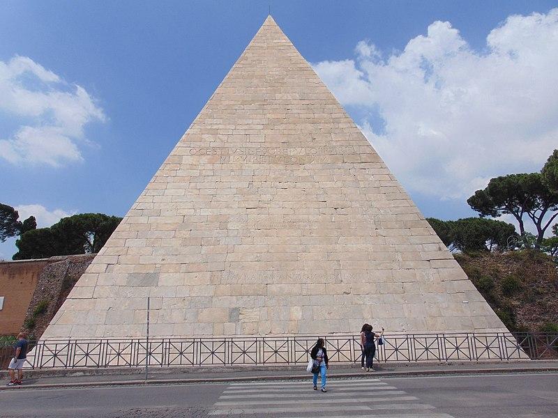Acredite, mas a Itália também integra os 7 países que possuem pirâmides