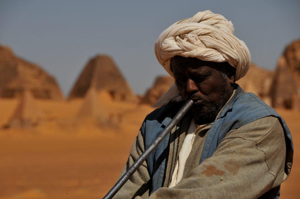 O Sudão também possui pirâmides