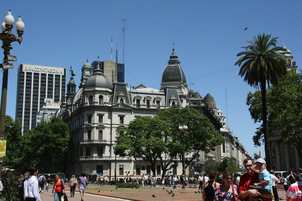 A capital argentina tem ar europeu e muita coisa para ser visitada