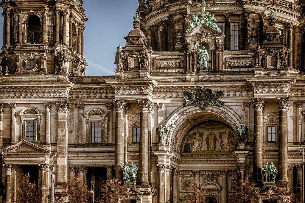 A catedral de Berlim está entre o que fazer em uma viagem a Berlim