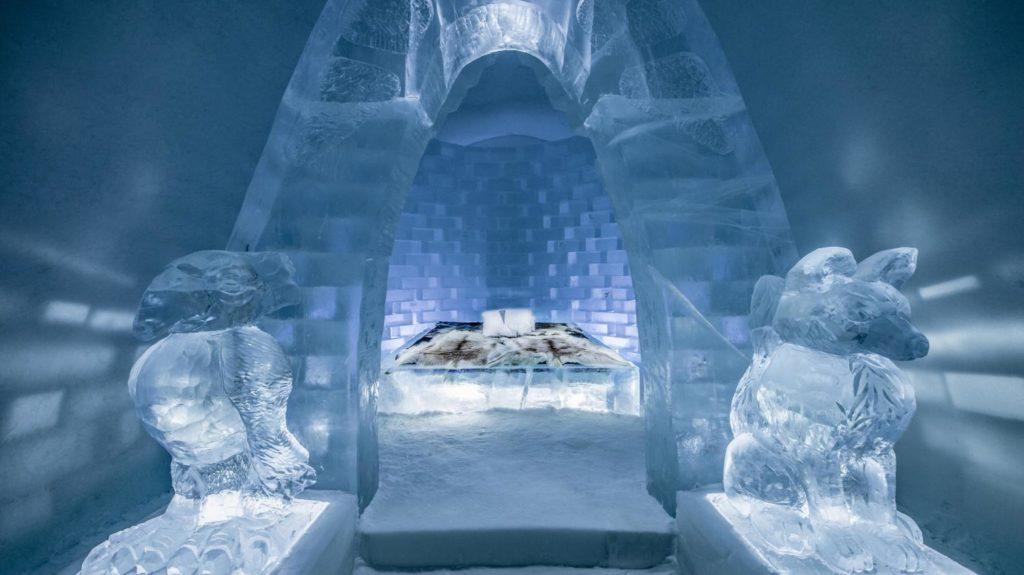 O Ice Hotel é um dos atrativos do que fazer na Suécia