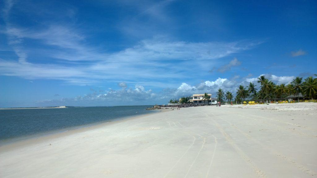 Praia do Saco na lista de quais as melhores atrações de Sergipe