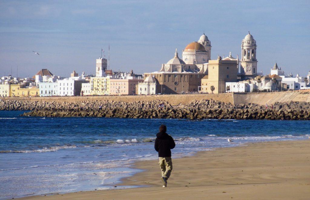 A região da praia também está na lista de quais as melhores atrações para visitar em Cádiz