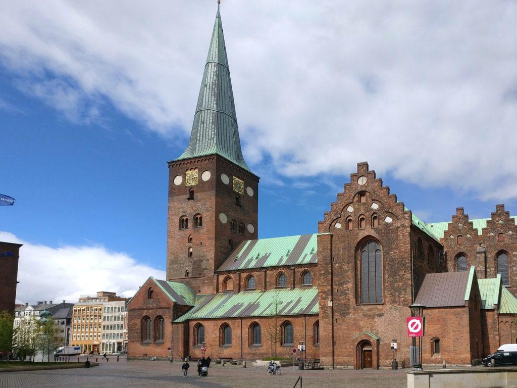 De animais ao livre à arquitetura, há muito o que se fazer em diferentes cidades da Dinamarca