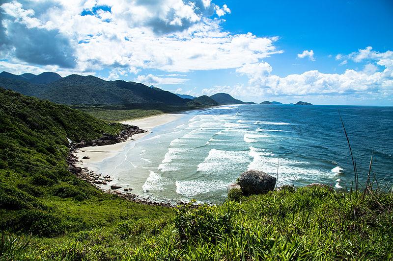 São Paulo também tem sua representante na lista das 5 ilhas que podem ser visitadas no Brasil