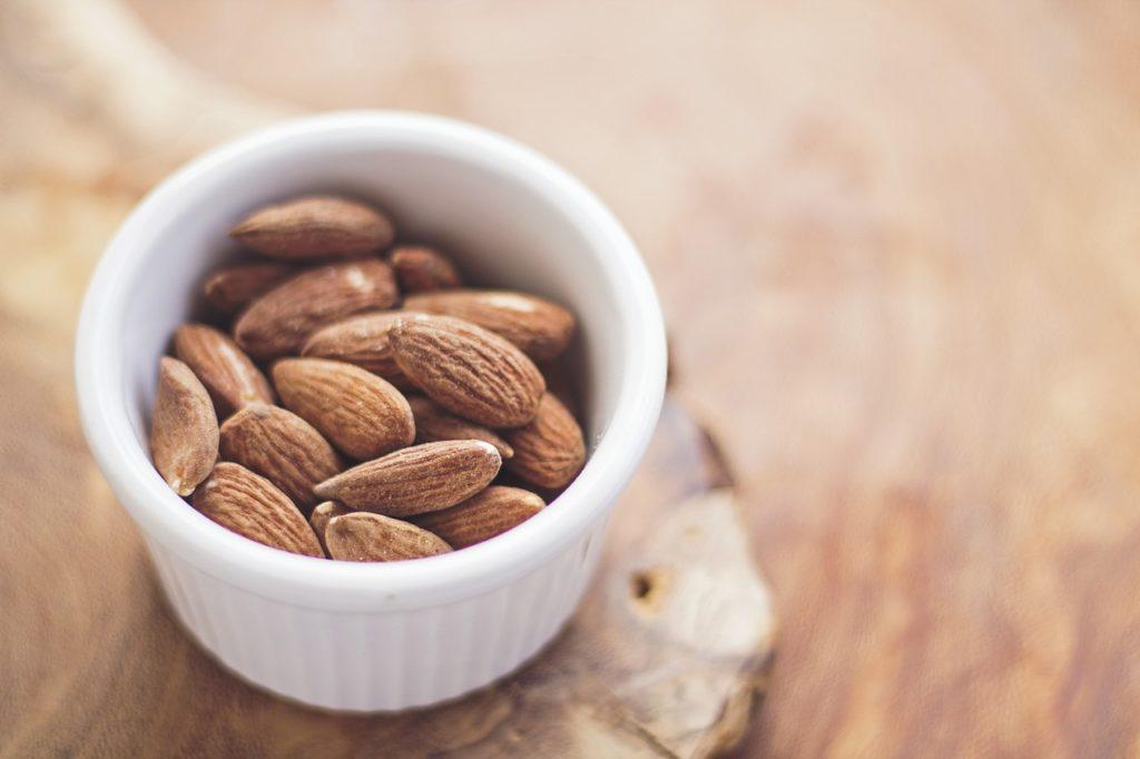 Entre os alimentos importantes para viajar estão as sementes