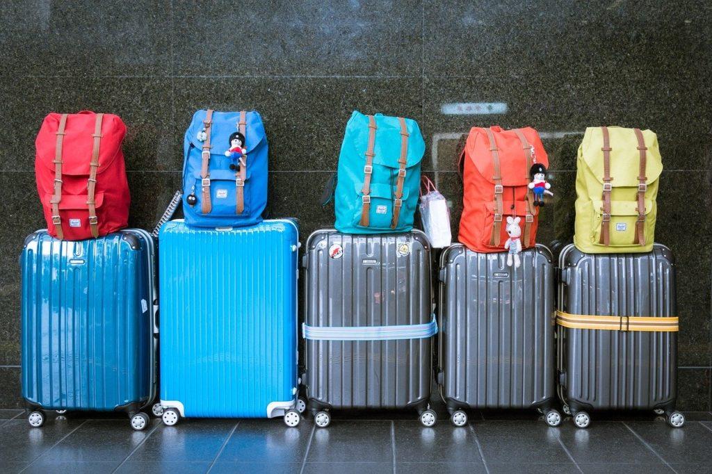 Após arrumar a mala basta curtir a viagem.