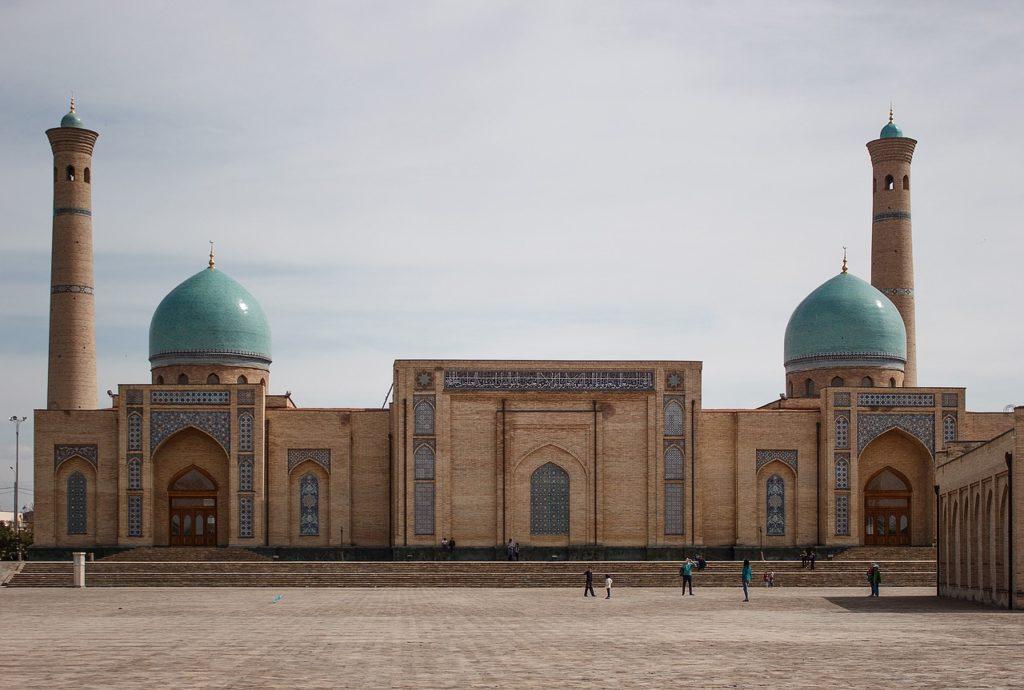 Pouca gente viaja ao Usbequistão, país que não está tão aberto ao turismo