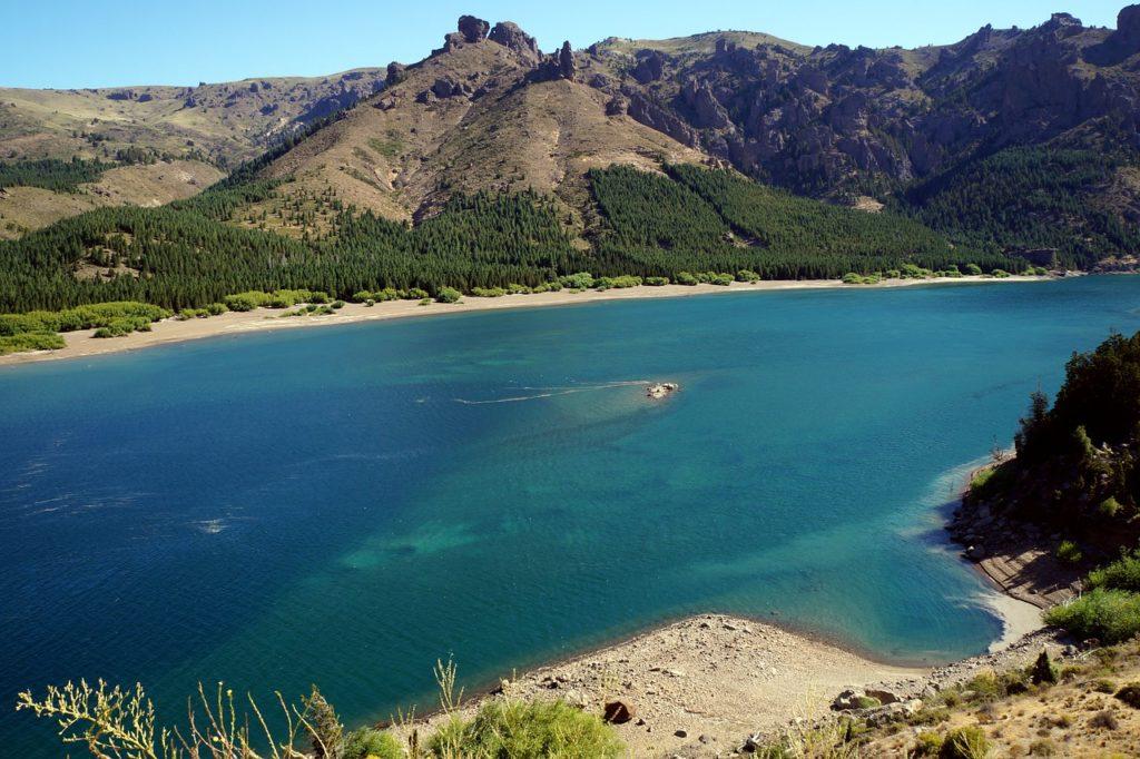 Há muitas paisagens naturais incríveis em Bariloche, ideais para se conhecer em apenas 1 dia