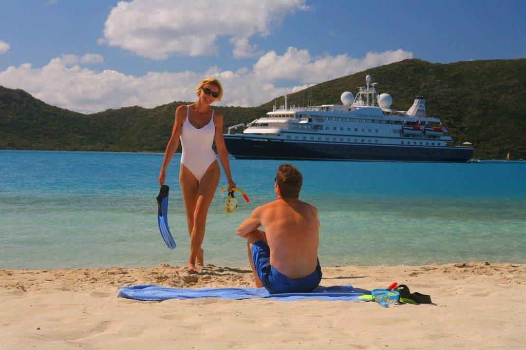 Com clima de praia, saiba o que levar em um cruzeiro de navio