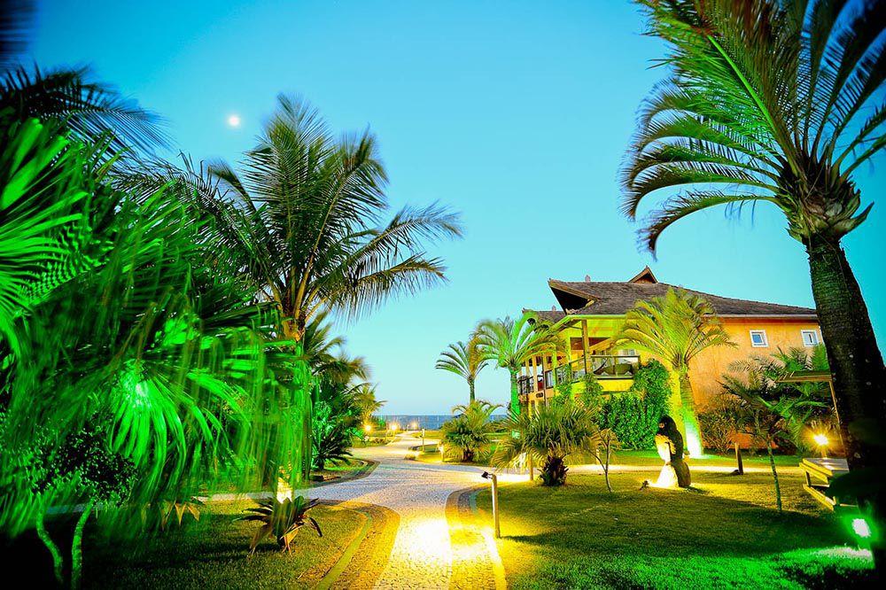 Nas praias agrestes há locais como a Estaleiro Guest House
