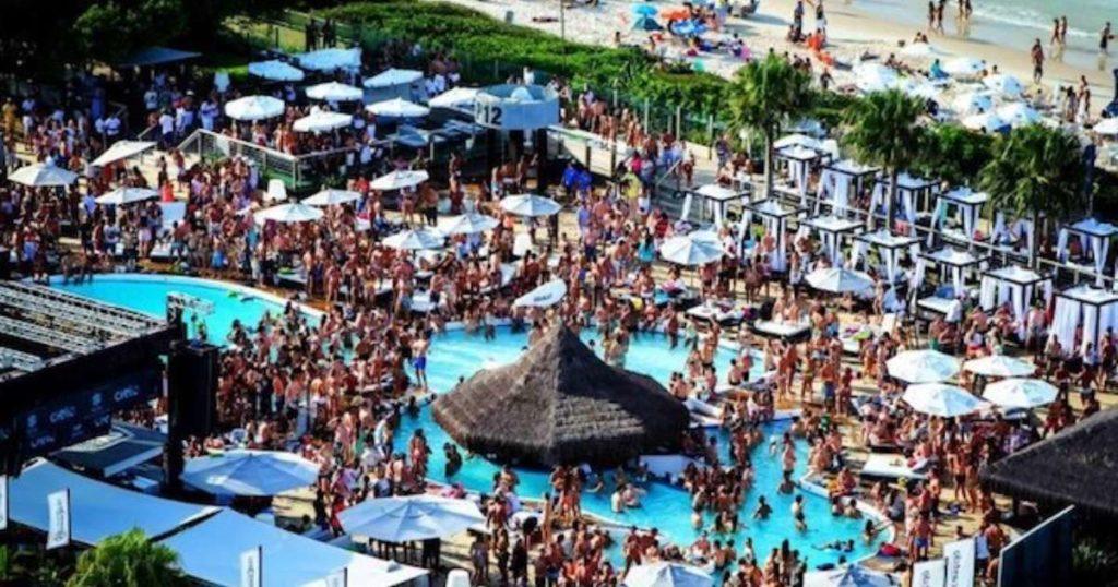 No Verão a concentração de gente é grande e por isso Floripa é um dos 5 melhores destinos para solteiros