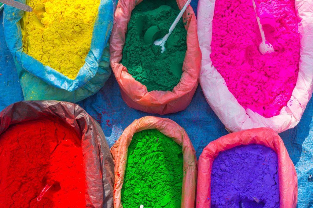 Como é viajar sozinha para o Nepal: conhecer cores e sabores