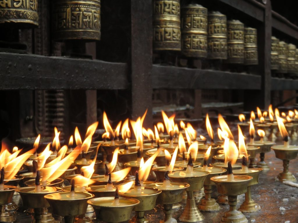 Muitos templos e fé rondam os atrativos do Nepal