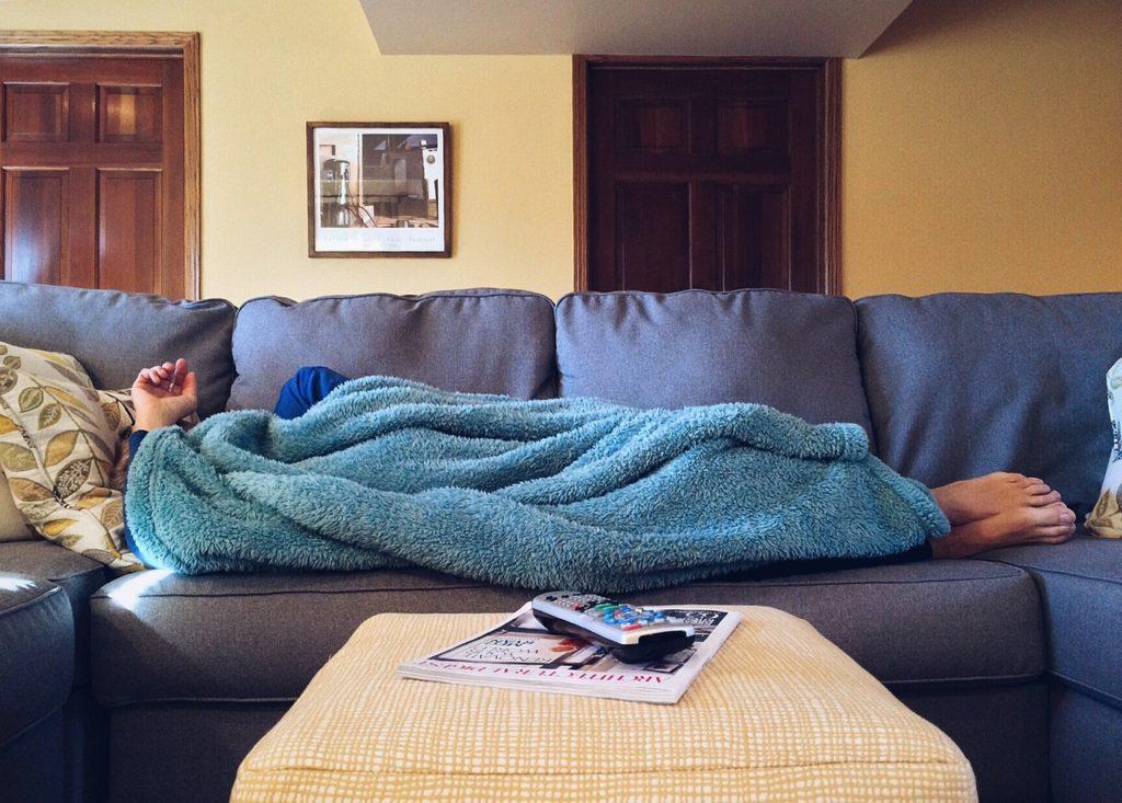 Realidade que se consolidou com a internet, o Couchsurfing é mais uma forma de como se hospedar em uma viagem