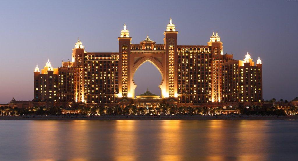 O majestoso hotel Atlantis está na lista de coisas a se visitar em Dubai