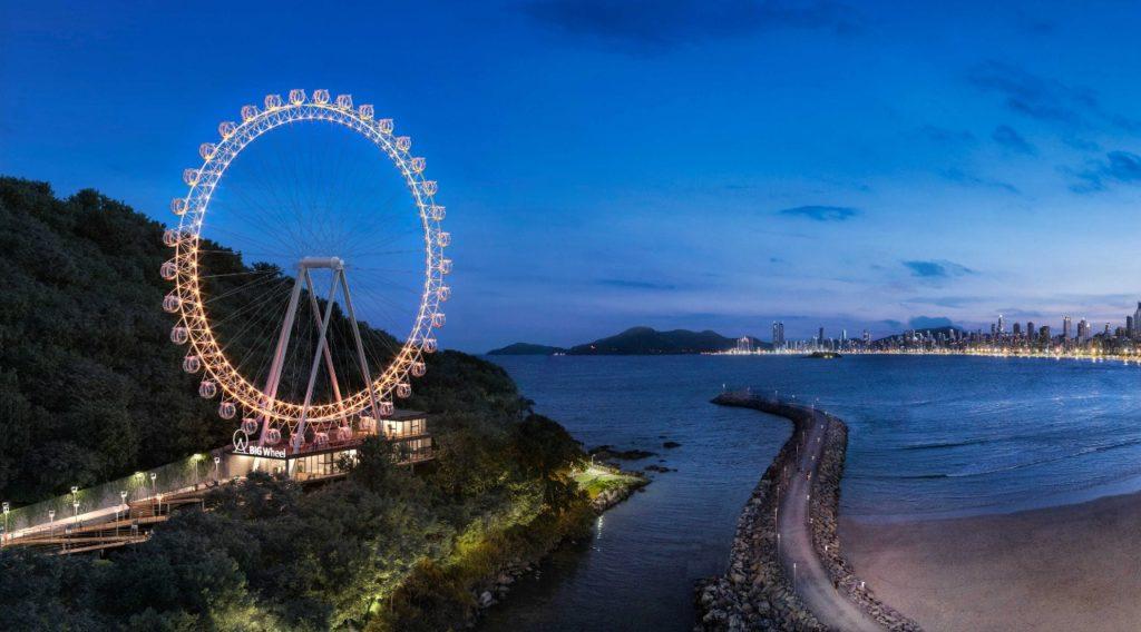 Nesta simulação, dá para ter uma noção da grandiosidade da roda gigante de Balneário Camboriú