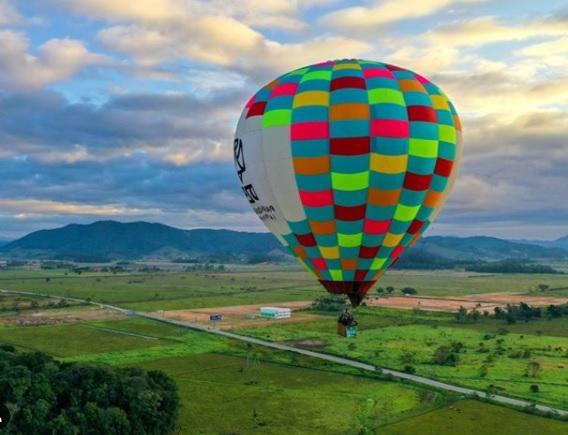 A experiência de voar de balão agora também está em BC