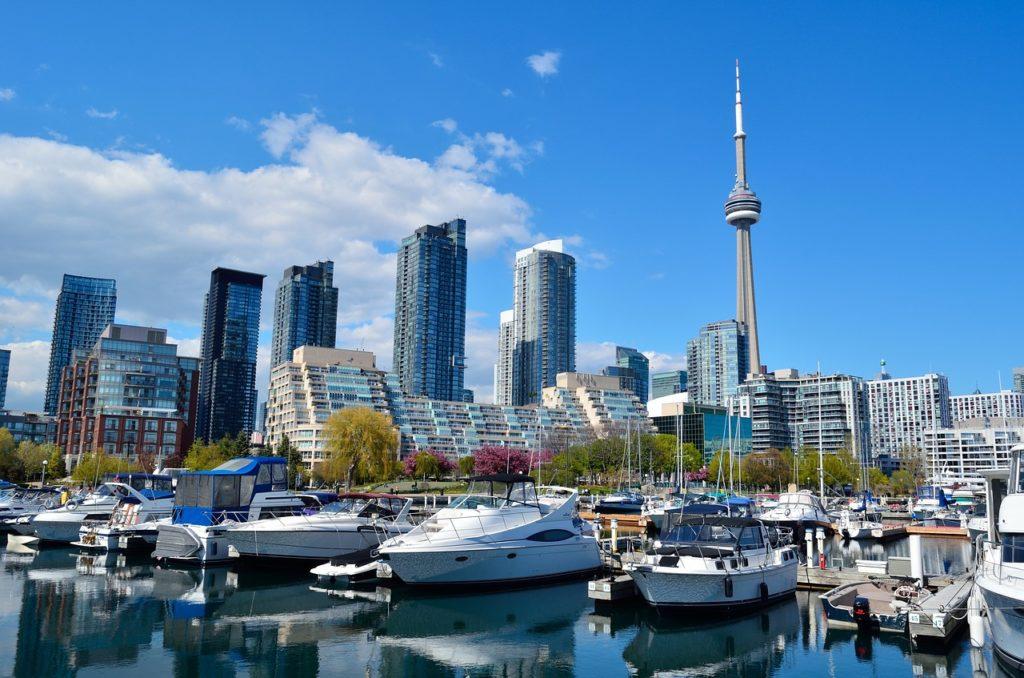 A região do Harbor Front é uma delícia de se conhecer e está na lista de o que fazer em Toronto no Canadá