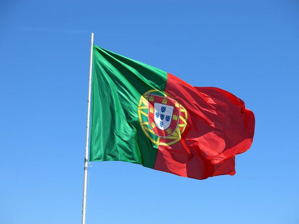 O português de Portugal é diferente do português do Brasil. Fique atento