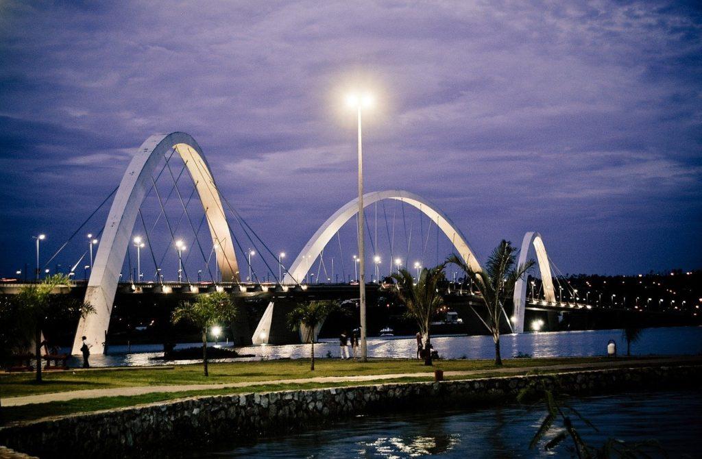 A Ponte JK é uma das atrações de Brasília