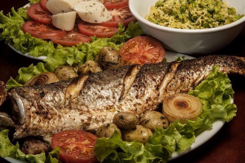 Com um litoral de 500 quilômetros a tainha também figura entre os 10 pratos da culinária catarinense