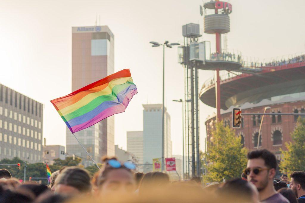 Barcelona, Madri e tantas outras cidades da Espanha são ideais para o público LGBTQ