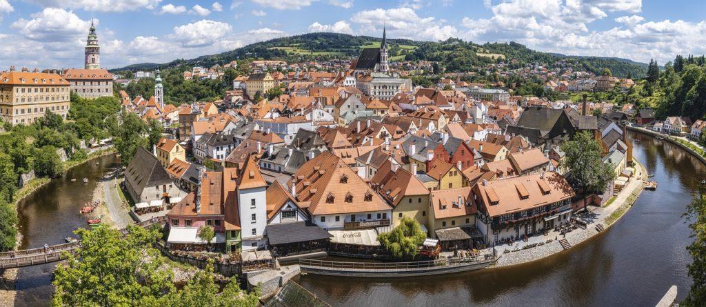 Na República Tcheca o nômade digital pode ficar até 12 meses com a permissão especial