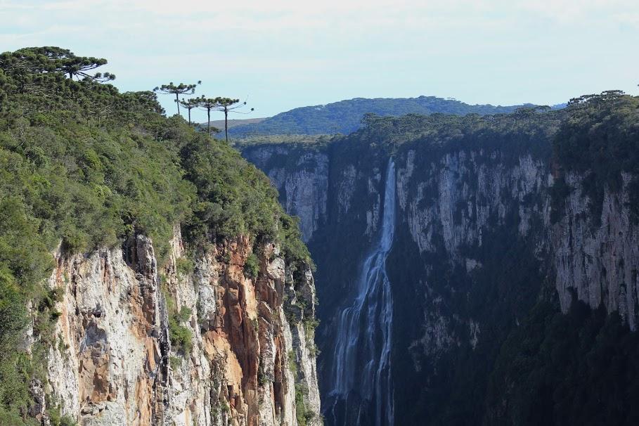 São diferentes cânions e paisagens únicas neste trecho de Santa Catarina
