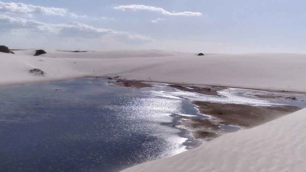 Dunas e lagoas formadas pela chuva. Saiba o que tem para fazer nos Lençóis Maranhenses