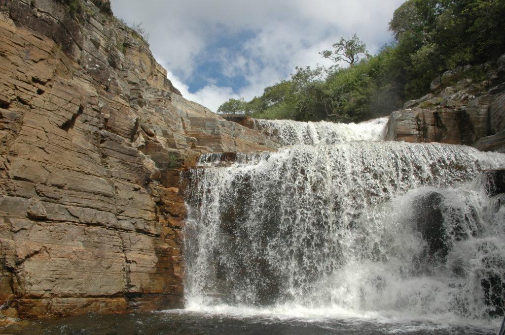 As cachoeiras estão por toda parte e fazem parte da lista do que fazer em Capitólio