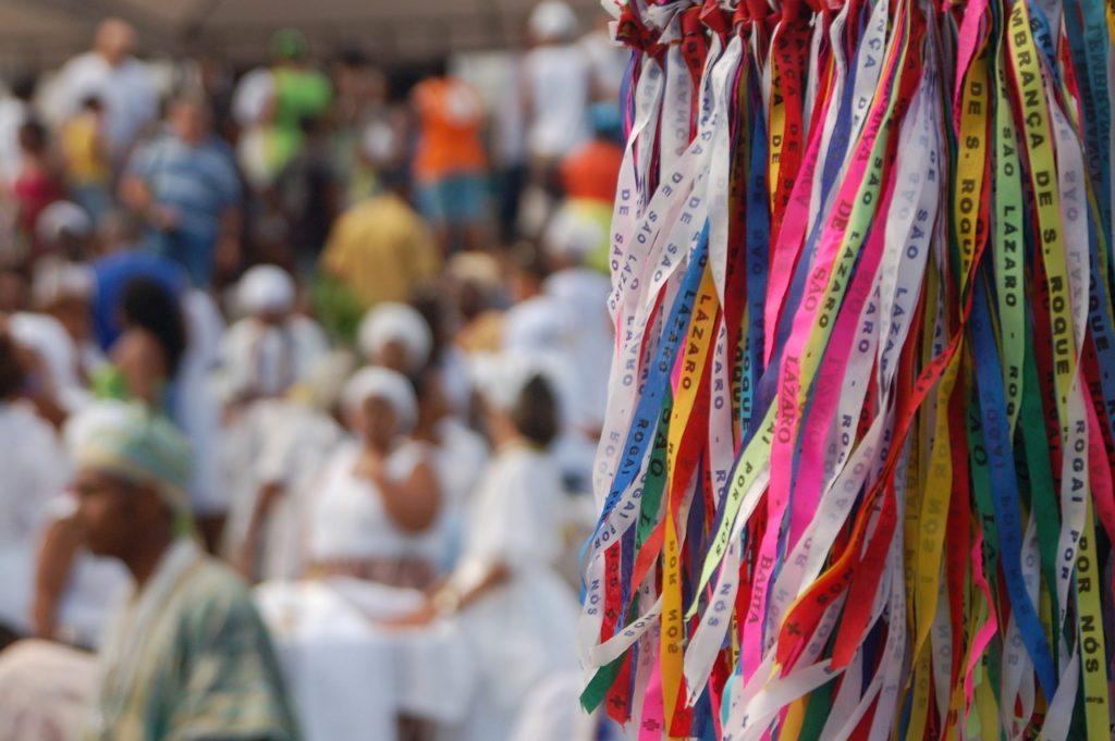 Com dezenas de igrejas, visitar algumas delas está na lista sobre o que fazer em Salvador na Bahia