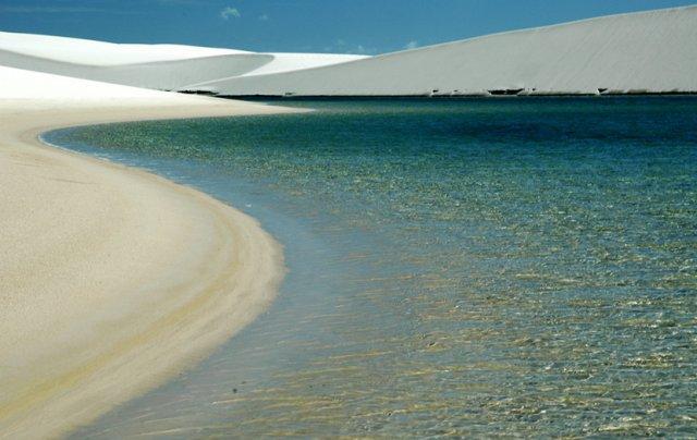 Banho nas lagoas, por do sol nas dunas, passeio de carro com tração.... saiba o que tem para fazer nos Lençóis Maranhenses
