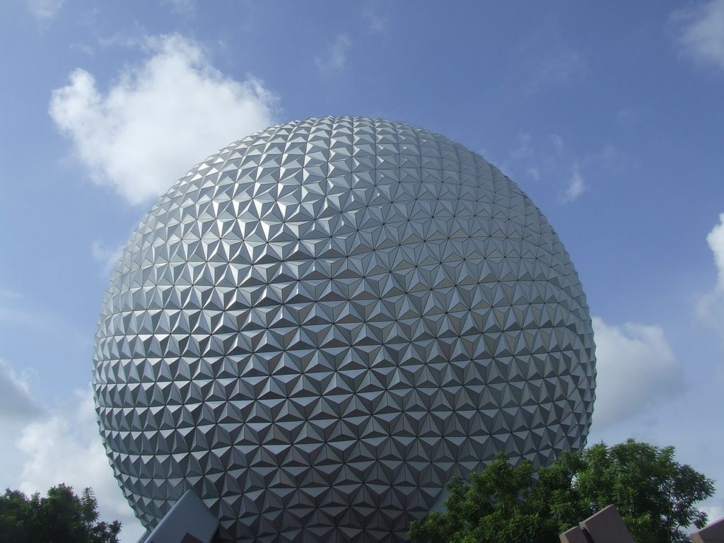 O Epcot é um parque de Orlando que tem como tema o futuro