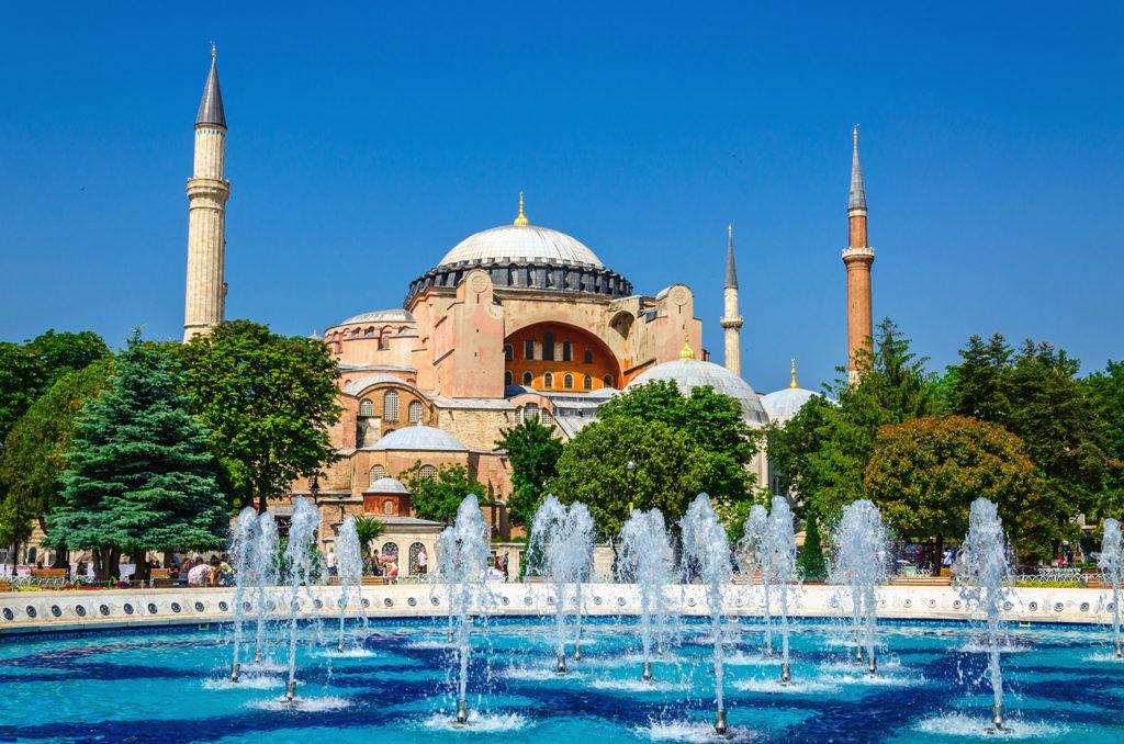 A suntuosidade é algo comum nos palácios de Istambul