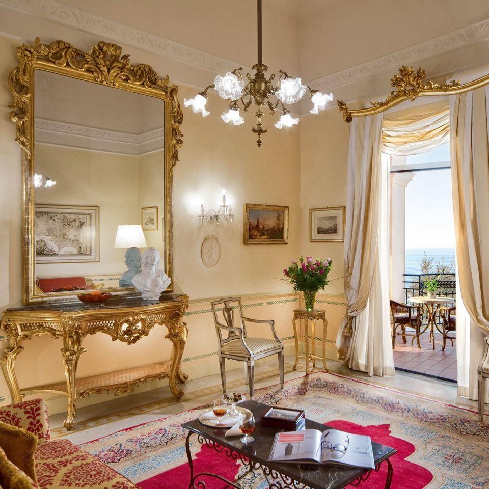 Detalhes na decoração complementam os itens de conforto, luxo e bem-estar