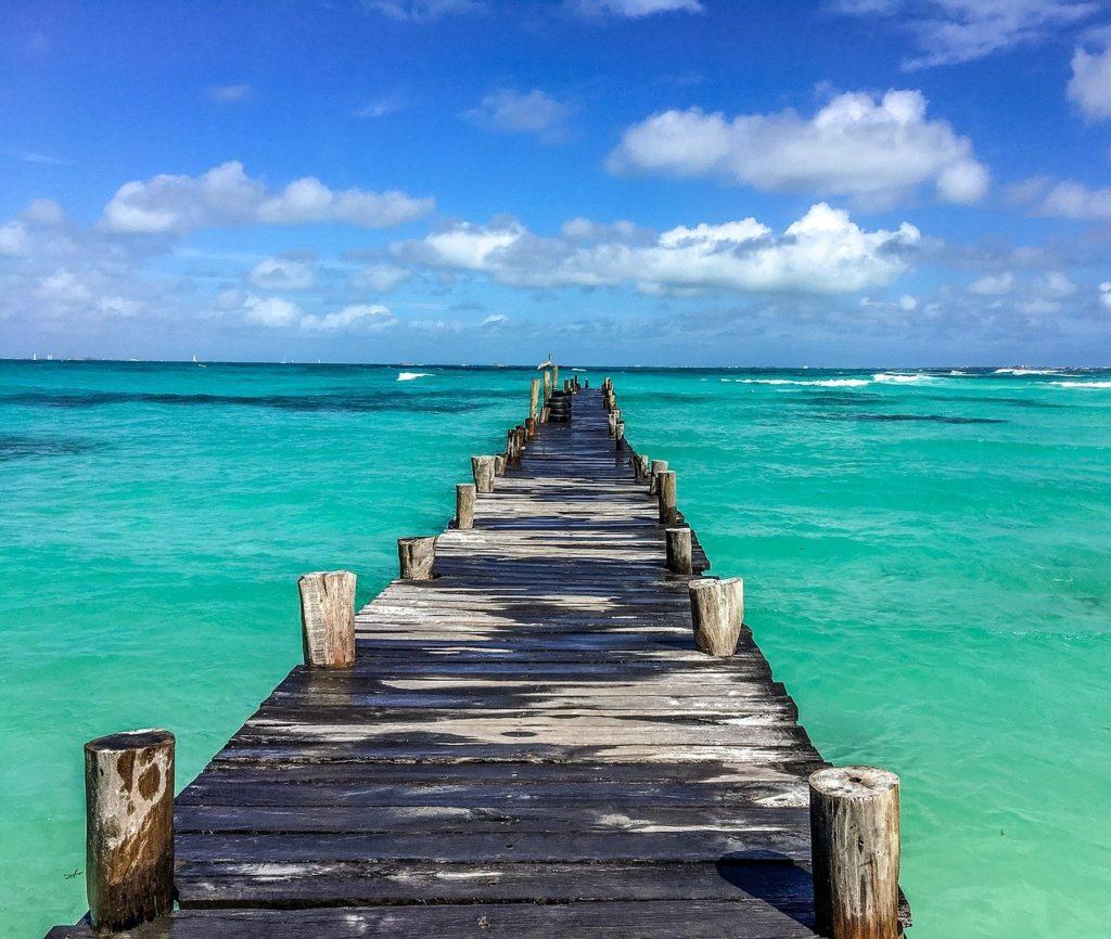 Viajar a Cancun é ter em mente que as fotos ficarão lindas e o mar azul esverdeado estará sempre presente