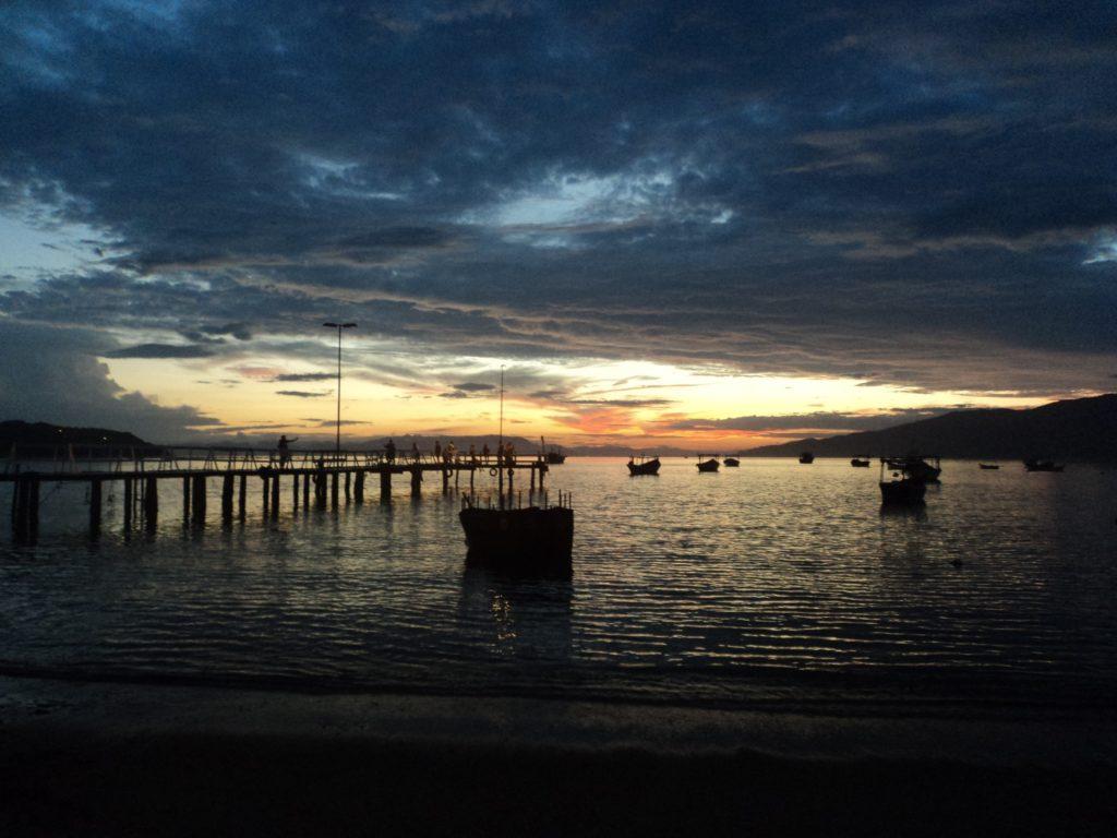 A lista de praias para visitar durante a quarentena é grande em Santa Catarina
