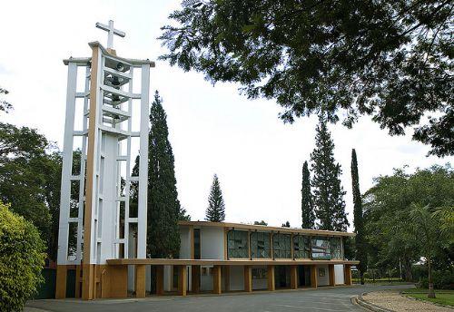 A Igreja Matriz está na lista de atrativos de Holambra em SP