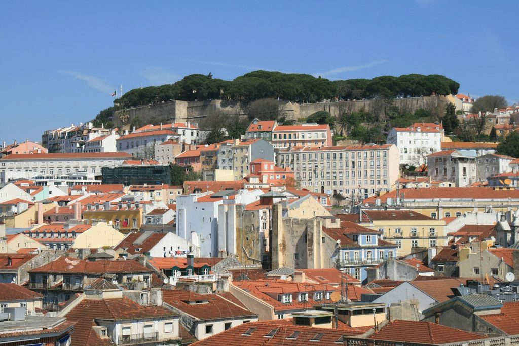 Lisboa já sofreu um grave terremoto que arrasou a cidade, porém ajudou a criar a sismologia.