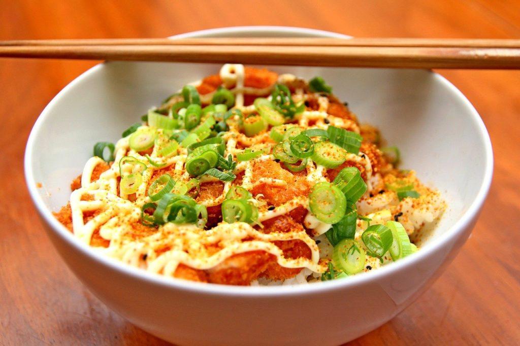 Na China o prato principal  mais lembra um yakissoba